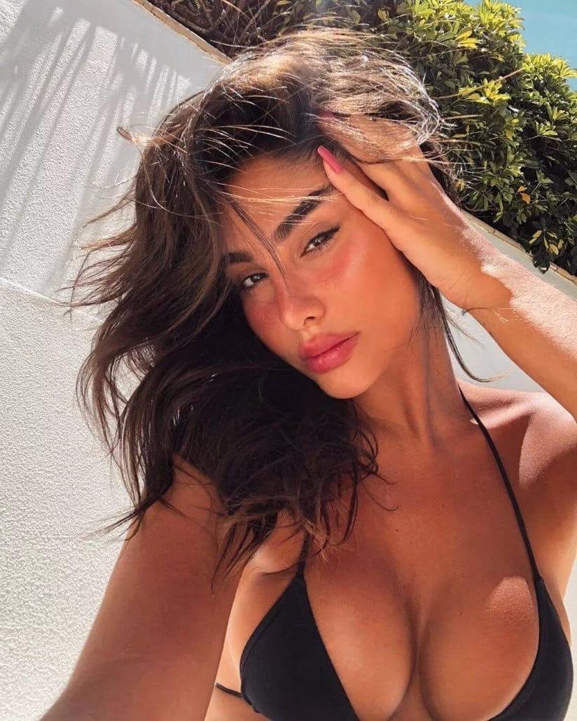 נערות ליווי בתל אביב והמרכז - אנה – יופי רוסי אמיתי